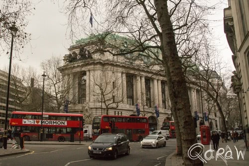 Harry Potter in Londen (2017) ; Austriala House, High Commission of Australia London, Gringotts Bank, Bus | foto 4