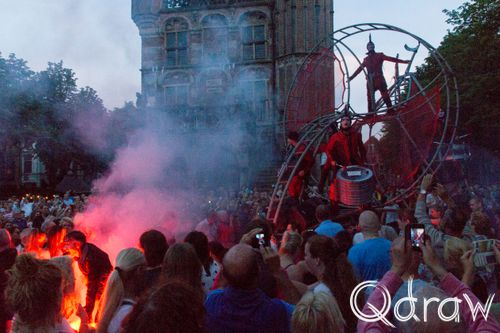 Deventer op Stelten 2017 Close Act - Convoy Red; waag, Close Act, Convoy Red, vuurwerk, deventer op stelten